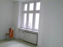 Foto 9 ANGEBOT: Küche gg. Renov.Arbeiten. 3 Zi. ca. 700 €warm. prov.frei