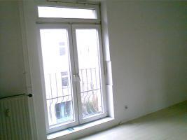 Foto 10 ANGEBOT: Küche gg. Renov.Arbeiten. 3 Zi. ca. 700 €warm. prov.frei