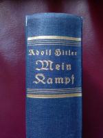 Foto 3 A.Hitlers Buch Mein Kampf