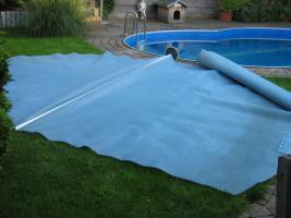 Abdeckplane f�r das Schwimmbad