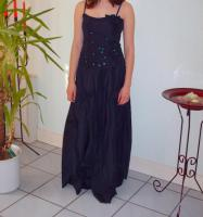 Foto 9 Abendkleider abzugeben