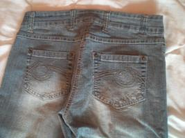 Foto 7 Abverkauf restl.Jeans