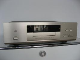 Accuphase DP-67 CD-Player