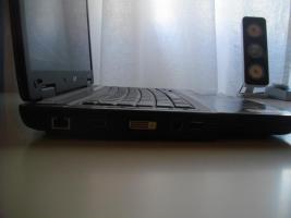 Foto 3 Acer TravelMate 5520G, AMD 2x2.2GHz, 2GB RAM, 250GB Festplatte, Ati Radeon HD2600 1280MB, Gamer