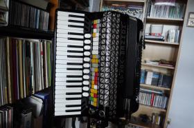 Akkordeon-Orgel gebraucht