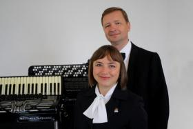 Duo '' Akkordeon Virtuosi ''  Dresden. Herzlich Willkommen