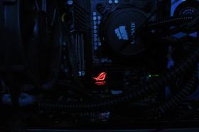 Alienware-High END Gamer PC-i7 990x-GTX580-16GBDDR3-256SSD-2TB-Bequiet