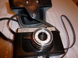Foto 6 Alte Fotoapparate und Zubehör an Sammler abzugeben