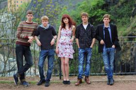 Alternative meets Sax! - Eksperiment, die etwas andere Rockband aus Dresden...