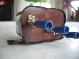 Foto 4 Altes Relais Bosch ( ca 40 Jahre) neuwetig