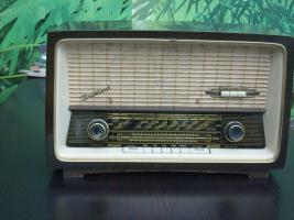 Altes Röhrenradio