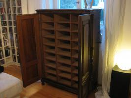 Antike Möbel, Bauernschrank, Kommode, Tisch