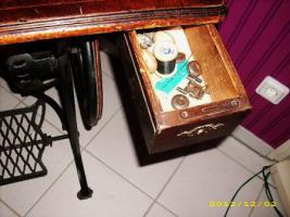 Foto 4 Antike Nähmaschine