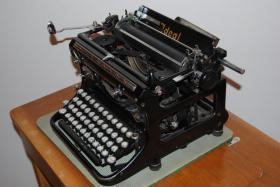 Foto 3 Antike Schreibmaschine - Naumann Ideal (ca. 1930)