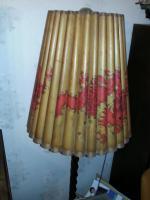 Antike Stehlampe aus Oma´s Zeiten