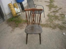 Foto 3 Antike Tische und Stühle