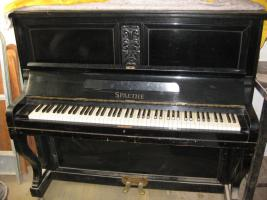 Foto 2 Antike Türen ca.1830, Singer Nähmaschine, Spaethe Klavier, Truhen ...