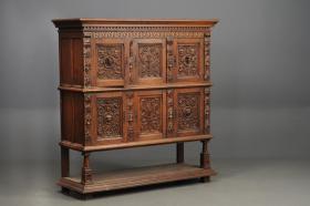 Antiken Schrank um 1880 - 1890 zu verkaufen