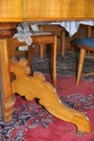 Foto 2 Antiker gro�er Esstisch aus Nussbaum