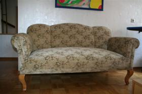 Foto 2 Antikes Zweisitzer-Sofa