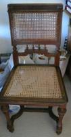Foto 2 Antiquarischer Schreibtisch mit Stuhl und Lampe