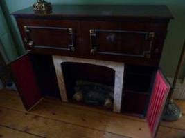 Foto 4 Antique Italian Record Player, FM Stereo, Bar, Faux Fireplace