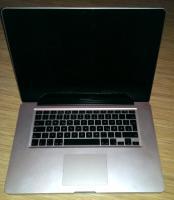 Apple MacBook Pro 15,4'' 'generalüberholt' mit 8GB Ram, 480GB SSD(!) und neuem Akku.