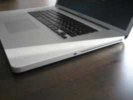 Foto 2 Apple MacBook Pro 43,2 cm