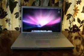 Apple MacBookPro 17''