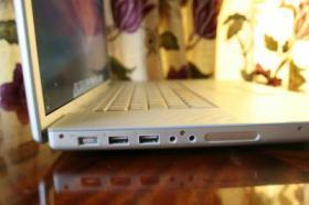Foto 4 Apple MacBookPro 17''