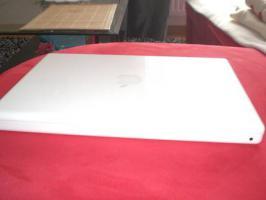 Foto 5 Apple MacBook, white, 13'' Display, teildefekt, zu verkaufen
