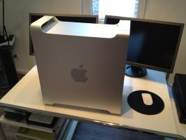 Apple MacPro Quad-Intel Xeon 2x2,26GHZ