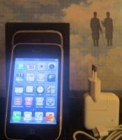 Apple iPhone 3 GS 3GS 32 GB Schwarz (Ohne Simlock) top neuwertig OVP Smartphone 4 U wie neu