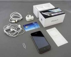 Apple iPhone (32 GB)
