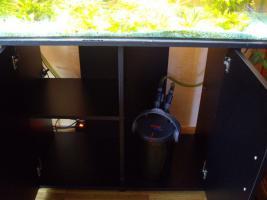 Foto 2 Aquarium von Juwel 160 Liter mit Abdeckung, Beleuchtung und Unterschrank