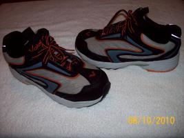 Arbeits-Sicherheits Schuhe mit Stahlkappen GR. 40