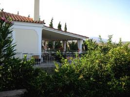 Architektur und Natur nahe Porto Heli/Griechenland