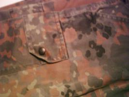 Armee Military Militär original Bundeswehrkleidung 27 Teile nur 100, --€