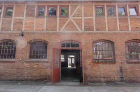 Ateliers and workshops for rent at the Alte B�rse Marzahn