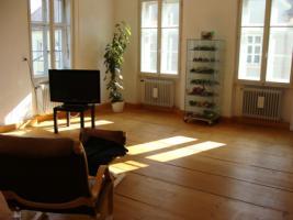 Attraktive , sehr sonnige 3,5 Zimmer Altbau - Wohnung