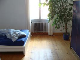 Foto 3 Attraktive , sehr sonnige 3,5 Zimmer Altbau - Wohnung