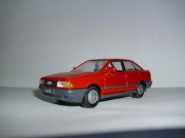 Audi 80 1:43