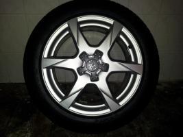 Audi Felgen 17 Zoll/225 fast neu