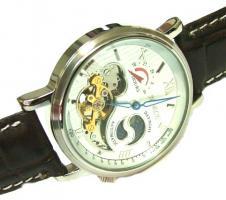 Foto 16 Auflösung neuwertige Armbanduhren - Sammlung