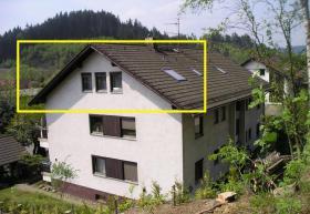 Foto 4 Auspacken und Wohlfühlen in gemütlicher, voll möblierter Dachgeschoßwohnung in Wallenfels (Naturpark Frankenwald)