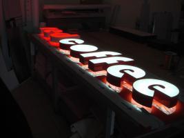 Foto 10 Außenwerbung für Geschäfte 3D LED Leuchtbuchstaben Leuchtkästen Leuchtreklame Leuchtwerbung