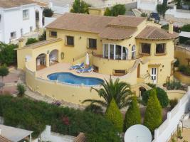 Außergewöhnliche Villa mit Pool in Benitachell an der Costa Blanca