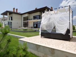 Außergewöhnliche moderne Luxus-Villa in der Nähe von Odessa!