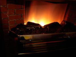Außergewöhnlicher Heizkorper in Form einer Kamine, Wärmend mit Licht !! Kunstoff Kamine 60- 70er : Voll funktionfähig
