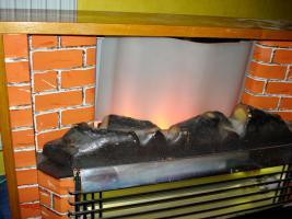Foto 5 Außergewöhnlicher Heizkorper in Form einer Kamine, Wärmend mit Licht !! Kunstoff Kamine 60- 70er : Voll funktionfähig